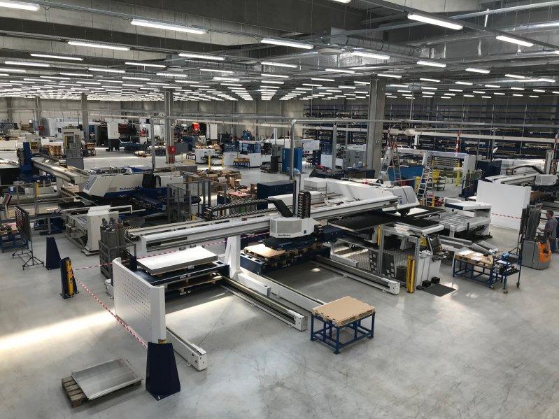 Nová hala společnosti SWISS-FORM a.s. v Nové Roli